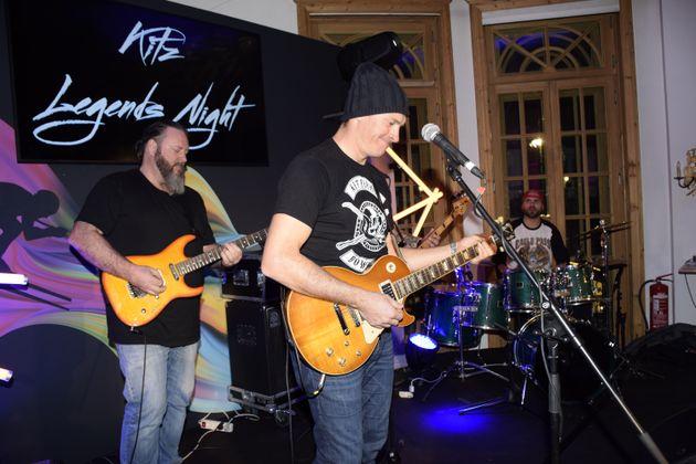 """Ex-Ski-Ass Ivica Kostelic trat mit der Band """"Masters of Disaster"""" bei der Kitz Legends Night auf."""