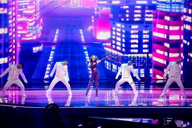 "Griechenland: Stefania mit dem Feelgood-Synthie-Popsong ""Last Dance""."