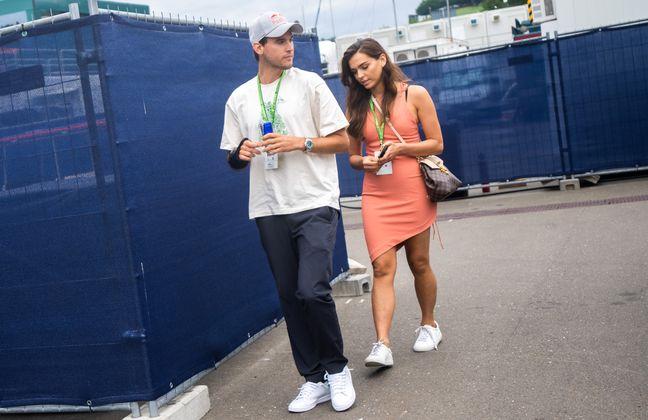 Dominic Thiem und Freundin Lili Paul-Roncalli ließen sich den Motorsport-Leckerbissen nicht entgehen.