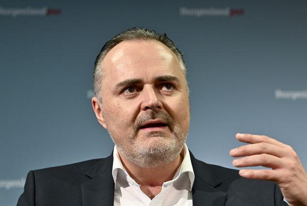 """""""Es ist sicherlich der schönste Tag in meinem Leben."""" – Landeshauptmann Hans Peter Doskozil holt mit seiner SPÖ die Absolute im Burgenland."""