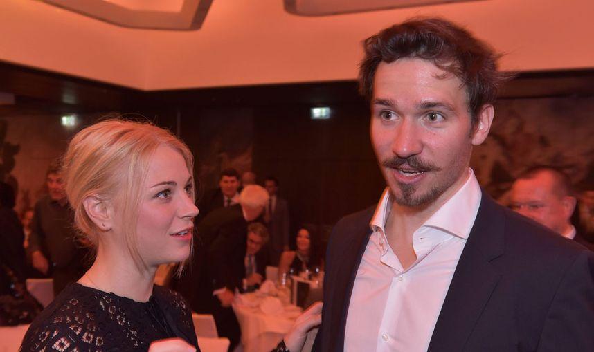 Ski Star Neureuther Und Freundin Gossner Erwarten Erstes Kind Tiroler Tageszeitung Online Nachrichten Von Jetzt