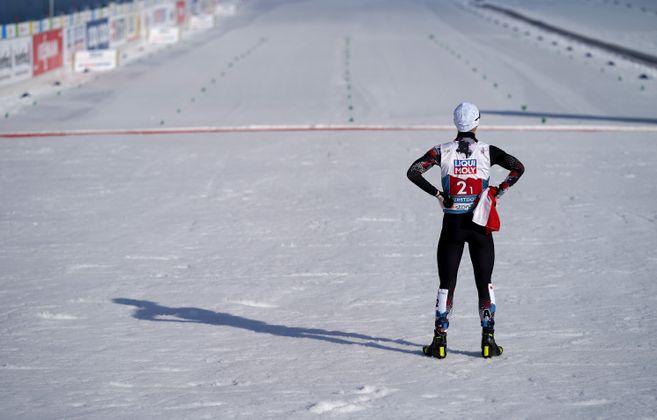 Johannes Lamparter wartete an der Ziellinie bereits auf seinen goldenen Teamkollegen.