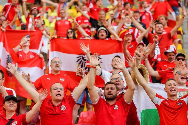 Österreichs Anhänger sangen sich bereits vor dem Anpfiff warm.