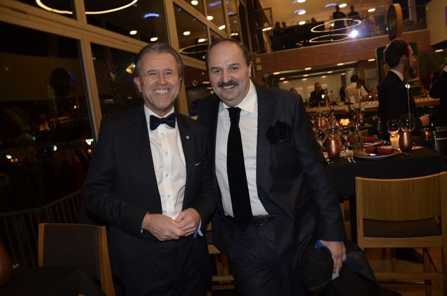Thomas Schreiner (Laurent&Perrier) mit dem bekannten Koch Johann Lafer (r.).