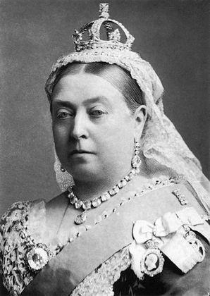 Bis 1837 regieren die Könige von Hannover. Diese Zeit war geprägt von politischer Stabilität und dem Ausbau des britischen Weltreiches. Ein Drittel der Welt steht 1837 unter der Herrschaft der britischen Krone. Da besteigt Königin Victoria als erste Regentin aus dem Haus Sachsen-Coburg-Gotha den britischen Thron und bleibt auf diesem 63 Jahre lang.