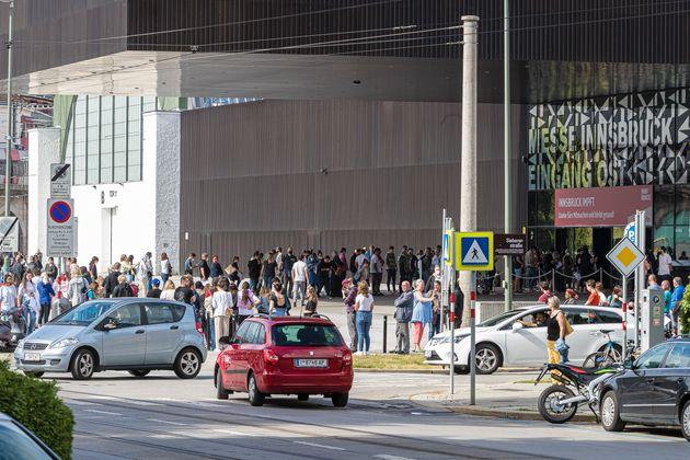 Tausende Menschen wollten alleine in Innsbruck geimpft werden.