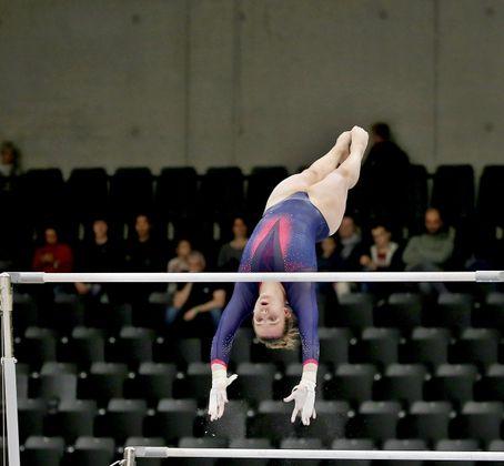 Am Stufenbarren und Sprung im Finale: Jasmin Mader.