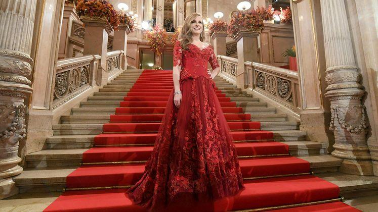 Opernball thier kleid susanne Sebastian Kurz: