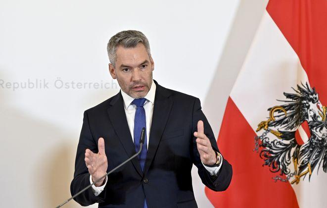 """""""Wenn wir einen Weg gefunden haben, werden die Grünen den Weg mitgehen."""" – Innenminister Karl Nehammer (ÖVP) will auch die Sicherungshaft unwiderstehlich machen."""