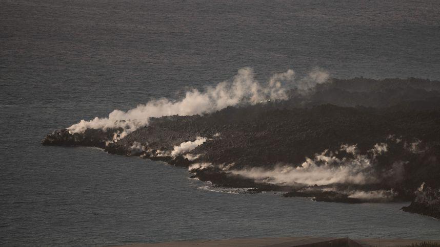 Zweiter Lavastrom auf La Palma rund 200 Meter vom Meer entfernt